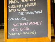 Queensland bar & grill puts up 'no Muslims' sign