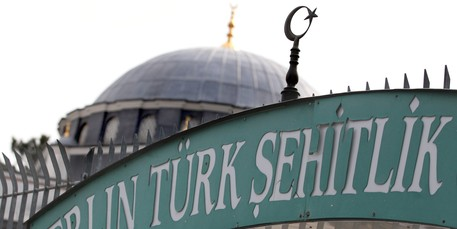 Bischof Dröge besucht Sehitlik-Moschee