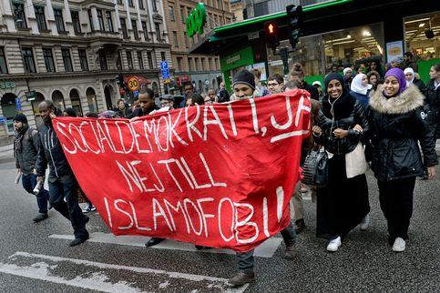 Omar Mustafa protest (2)