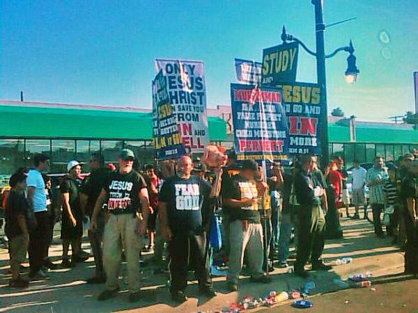 Bible Believers anti-Islam protest (2)