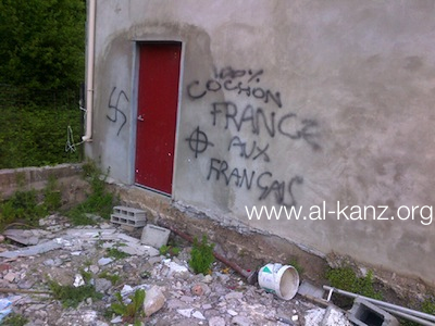 Illzach mosque graffiti