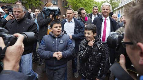 Wilders visits Schilderswijk