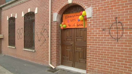 Escaudain mosque graffiti