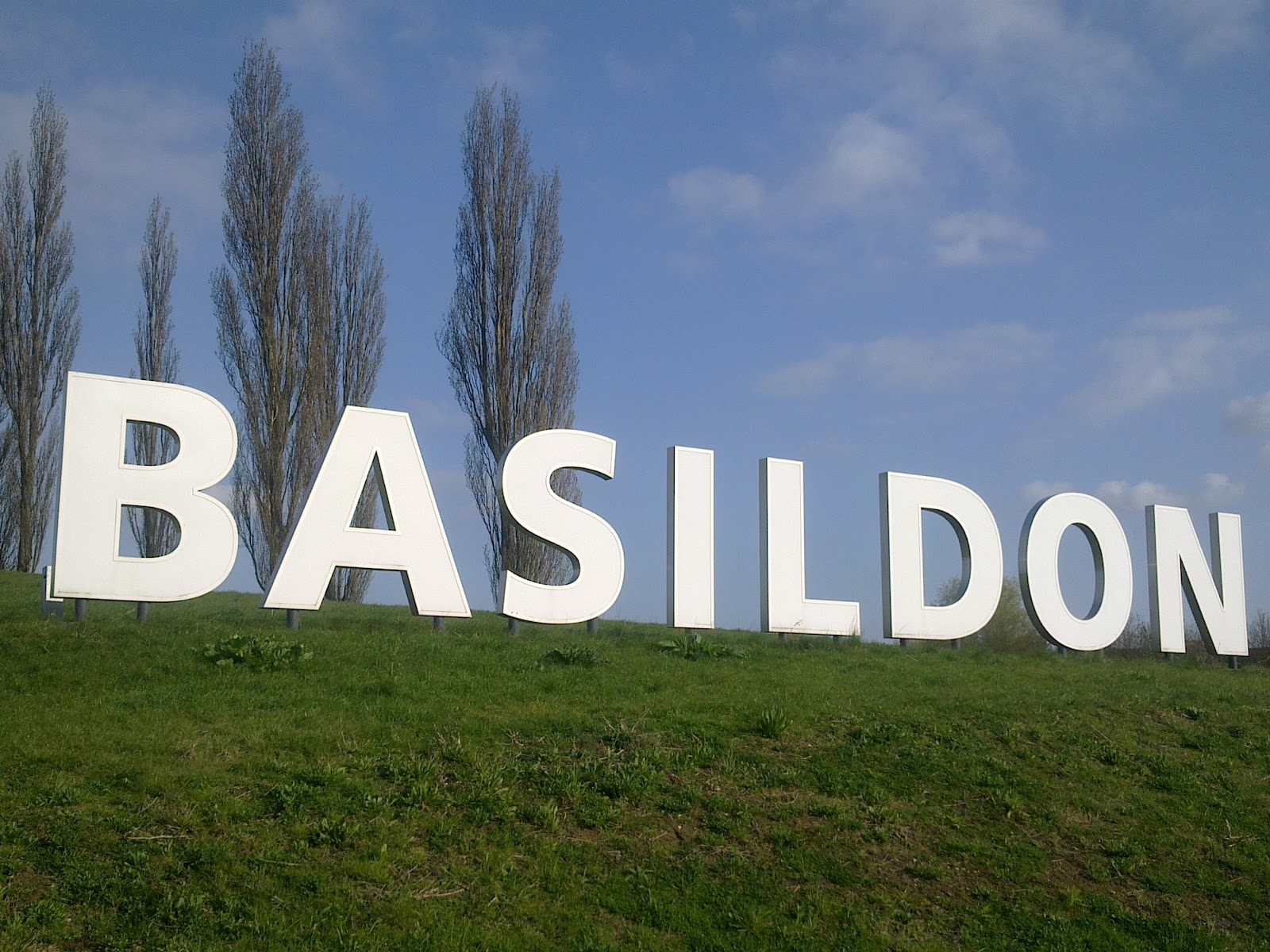 basildon muslim Basildon islamic centre (vange, basildon, essex), basildon muslim association  comprehensive complete directory search listings of muslim mosques in the.