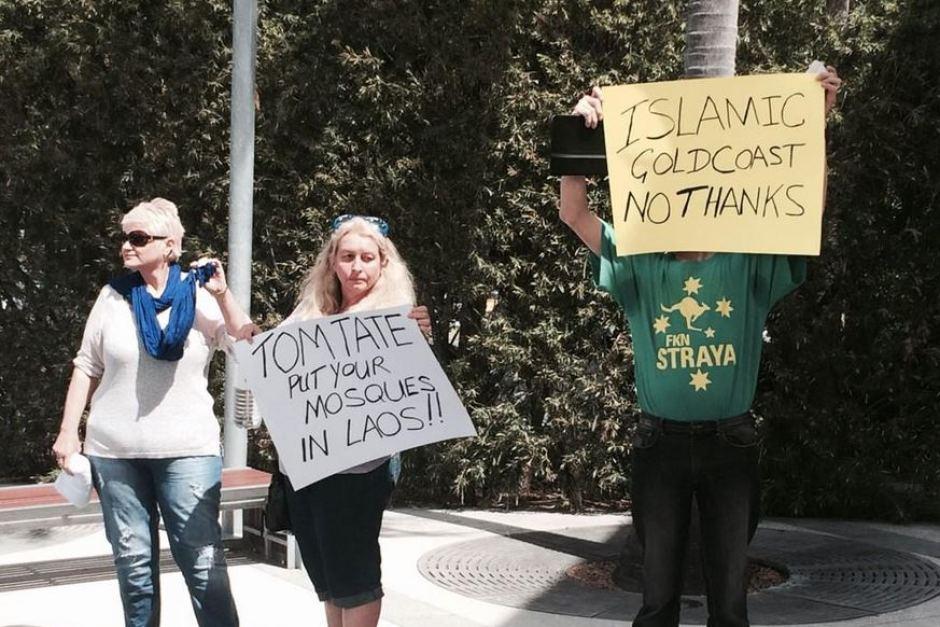 Currumbin anti-mosque placards