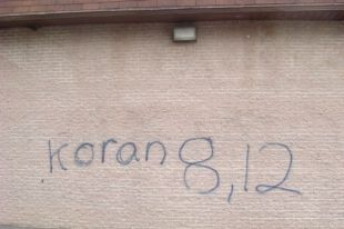 Dorval mosque graffiti