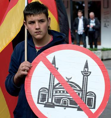 German anti-mosque protestor