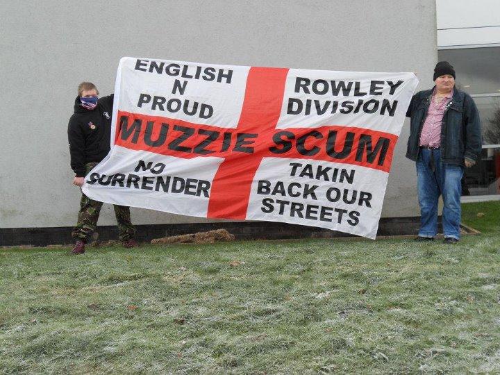 Kevin Smith 'Muzzie Scum' banner