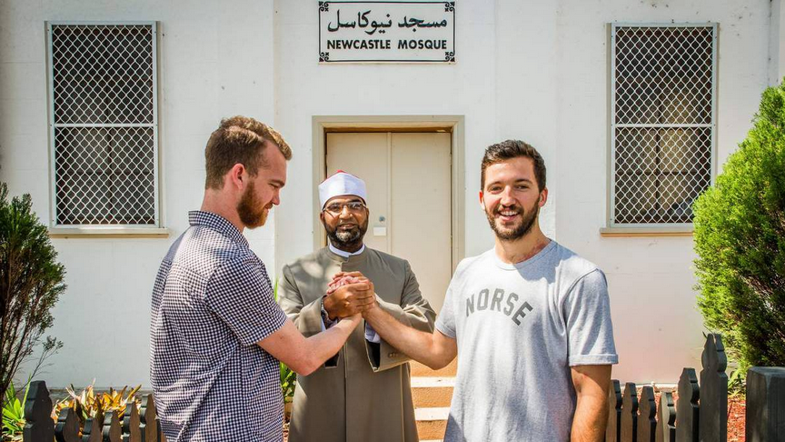 Newcastle Mosque welcomes anti-racist skaters