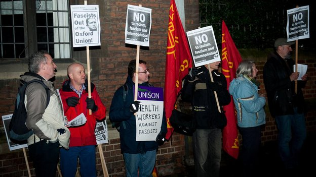 Oxford protest against Stephen Lennon