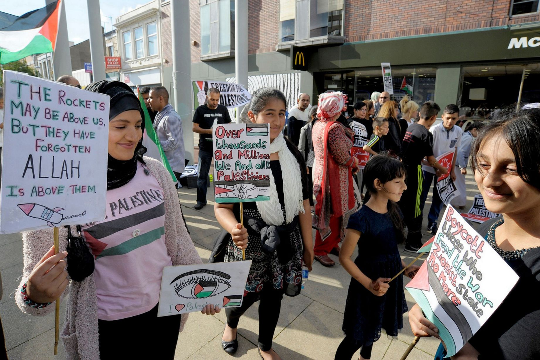 Palestine Solidarity vigil in Middlesbrough
