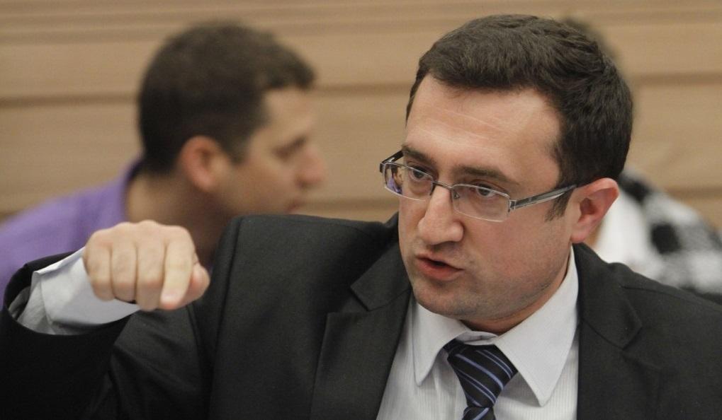 Robert Ilatov