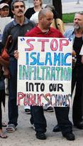 Toronto Stop Islamic Infiltration placard
